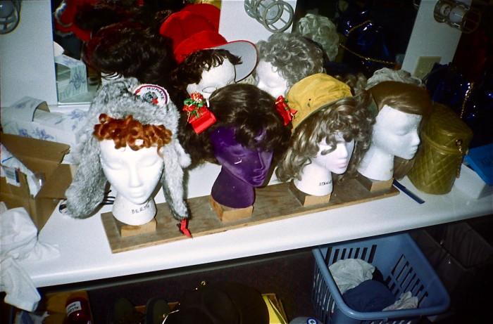 ATunaXmas.wigs