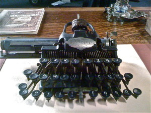BHK.typewriter